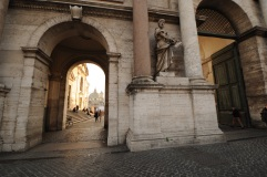 Entrance to Piazza del Popolo